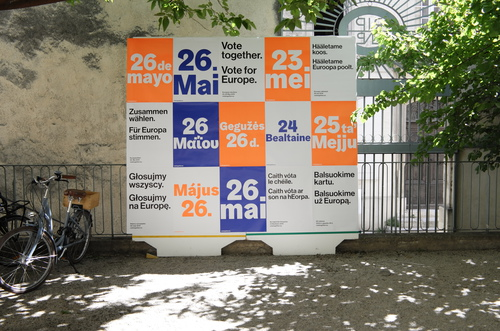 Vote together posters in Arles